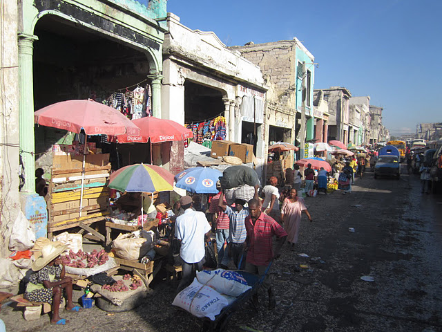Vendors along the road in Port-au-Prince